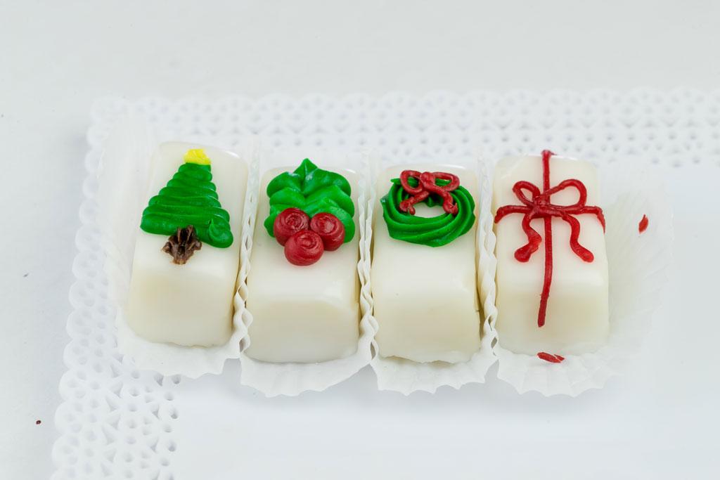 Bings_bakery_petit_fours_christmas