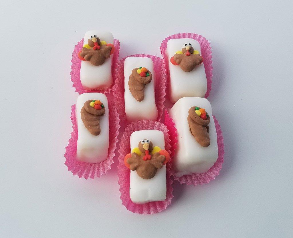 thanksgiving-petit-fours